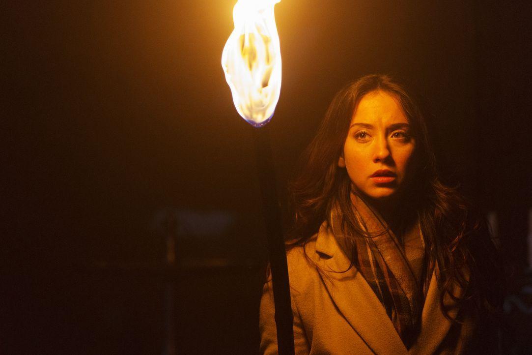 Eine Erinnerung, die unter Verschluss war, wird für Julia (Stella Maeve) in Fillory wieder greifbar und sie wird alles grundlegend verändern ... - Bildquelle: 2015 Syfy Media Productions LLC. ALL RIGHTS RESERVED.