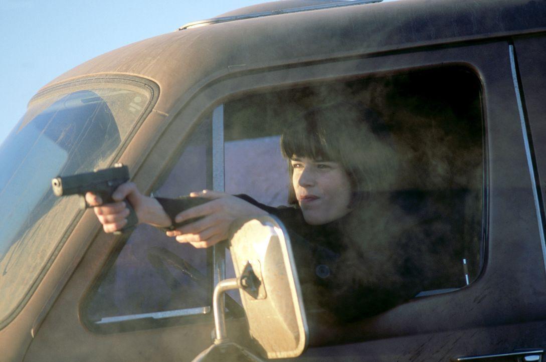 Scheint viel mehr von der ganzen Geschichte zu wissen, als sie zugibt: Chloe (Neve Campbell) ... - Bildquelle: Nu Image