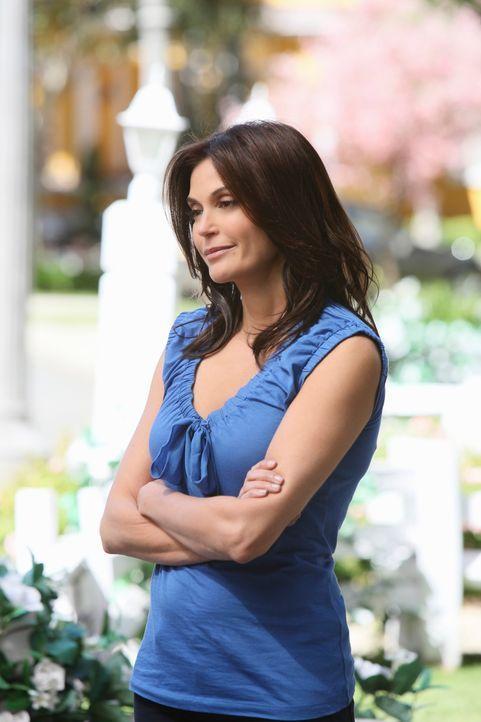 Um ihre finanziellen Schwierigkeiten langsam in Griff zu bekommen, müssen Susan (Teri Hatcher) und Mike Opfer bringen ... - Bildquelle: ABC Studios
