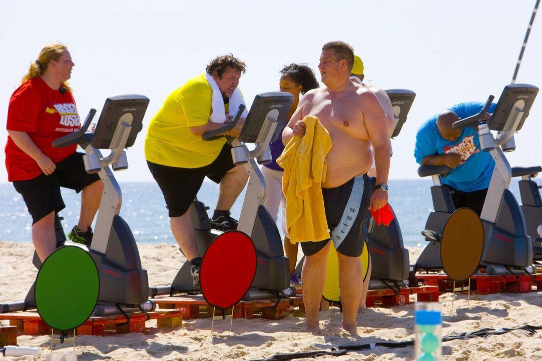 Mit einem knallharten Training und einer ausgewogenen Diät sollen die Teilnehmer in Form gebracht werden ... - Bildquelle: Enrique Cano SAT.1