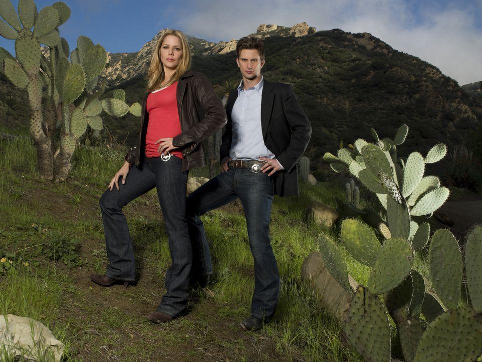 (1. Staffel) - Beruflich ergänzen sich Inspector Marshall Mann (Fred Weller, r.) und Inspector Mary Shannon (Mary McCormack, l.) und auch privat sin... - Bildquelle: Michael Muller USA Network