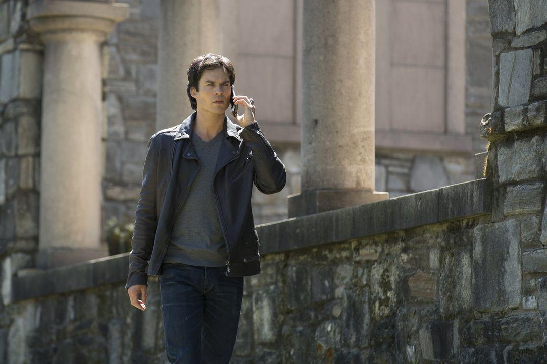 Als ihnen die Möglichkeiten für Bonnies Rettung ausgehen, muss Damon (Ian Somerhalder) für seine Freunde ein Opfer bringen ... - Bildquelle: Warner Bros. Entertainment, Inc.