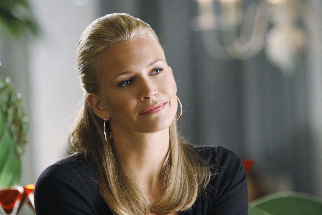 Hat ein Geheimnis: Taylor (Natasha Henstridge) ... - Bildquelle: Disney - ABC International Television
