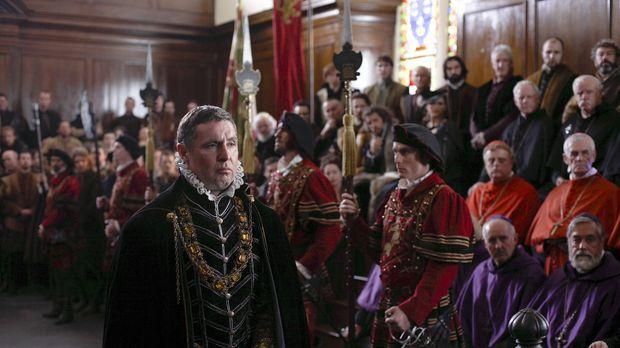 Muss sich vor Gericht verantworten: Lord Surrey (David O'Hara) ... © 2010 TM...