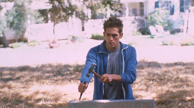 Gegen den Willen seines Vaters nimmt Farmersohn Billy Thompson (Eric Szmanda)...