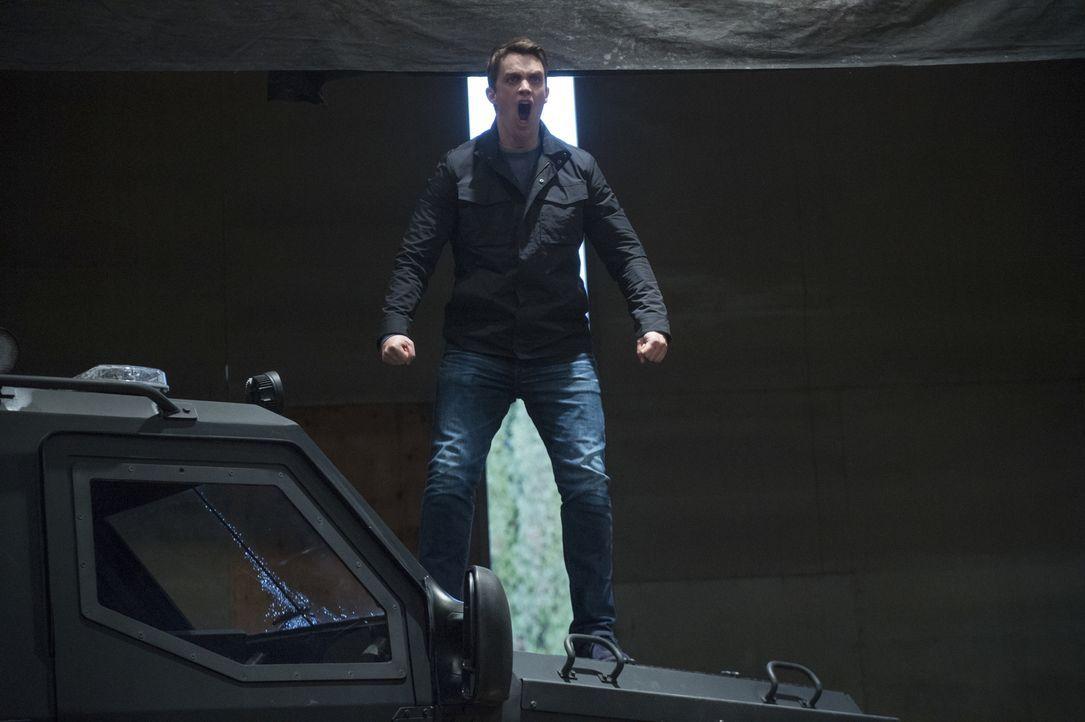 Major (Robert Buckley) - Bildquelle: Warner Bros.