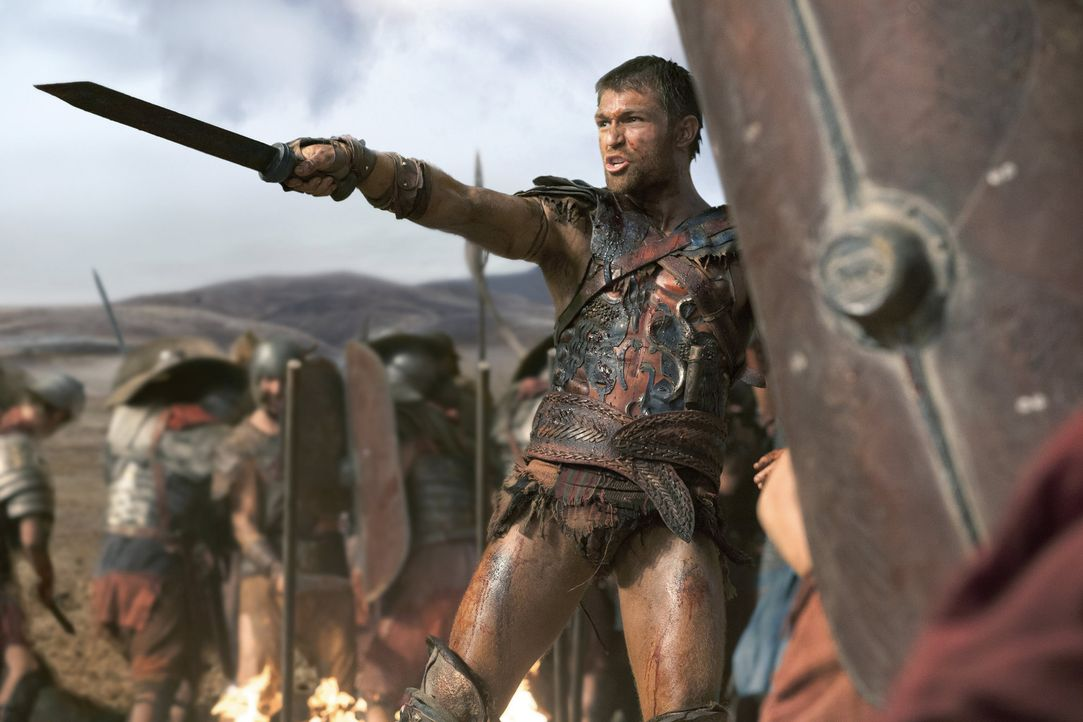 """Es gibt keinen größeren Sieg, als diese Welt zu verlassen als freier Mann"": der Sieger Spartacus (Liam McIntyre) ... - Bildquelle: 2012 Starz Entertainment, LLC. All rights reserved."