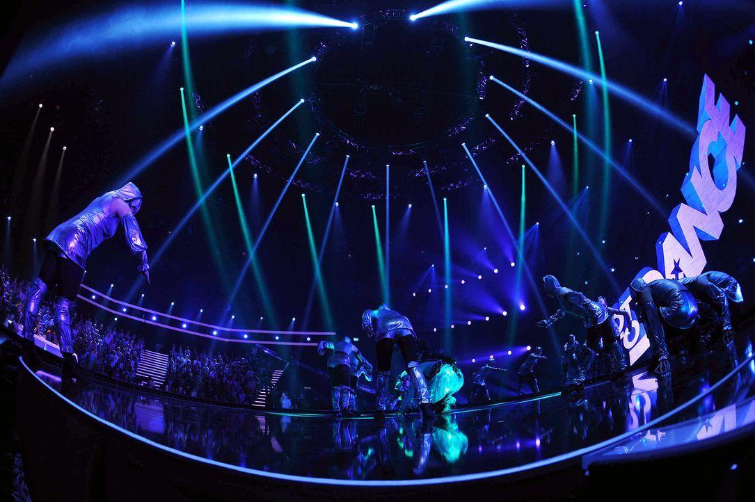 Got-To-Dance-Kosmosgruppe-02-SAT1-ProSieben-Willi-Weber - Bildquelle: SAT.1/ProSieben/Willi Weber