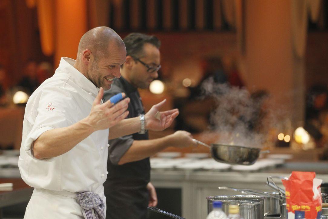 """Wird Thorsten Legat dem Druck bei """"Hell's Kitchen"""" standhalten? - Bildquelle: Guido Engels SAT.1"""