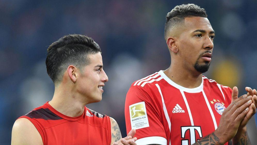 Müssen beim Supercup zuschauen: James (li.) und Jerome Boateng. - Bildquelle: imago
