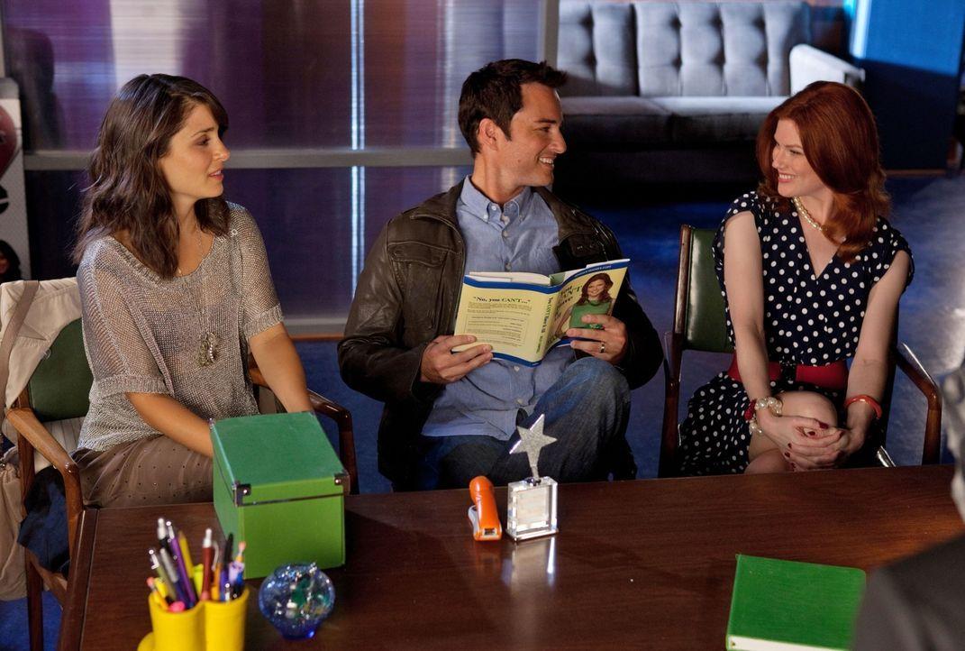 Gute Miene zum bösen Spiel: Cate (Shiri Appleby, l.) und Ryan (Kerr Smith, M.) sind überhaupt nicht glücklich über die Lebensberaterin (Amy Price-Fr... - Bildquelle: The CW   2009 The CW Network, LLC. All Rights Reserved