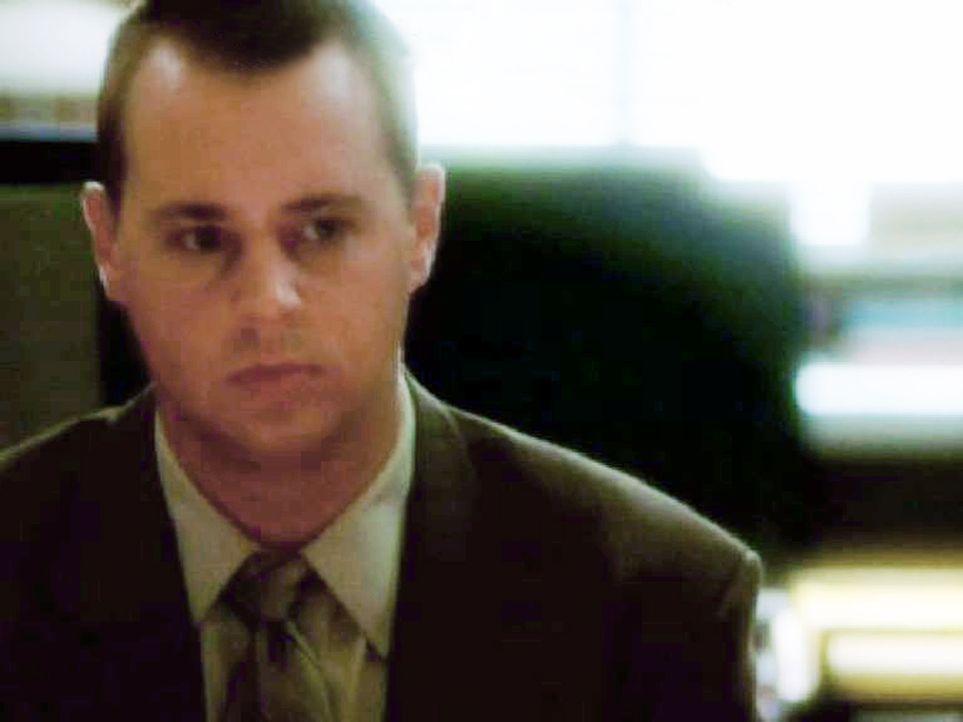Die Polizei will McGee (Sean Murray) verhören und wegen fahrlässiger Tötung belangen ... - Bildquelle: CBS Television