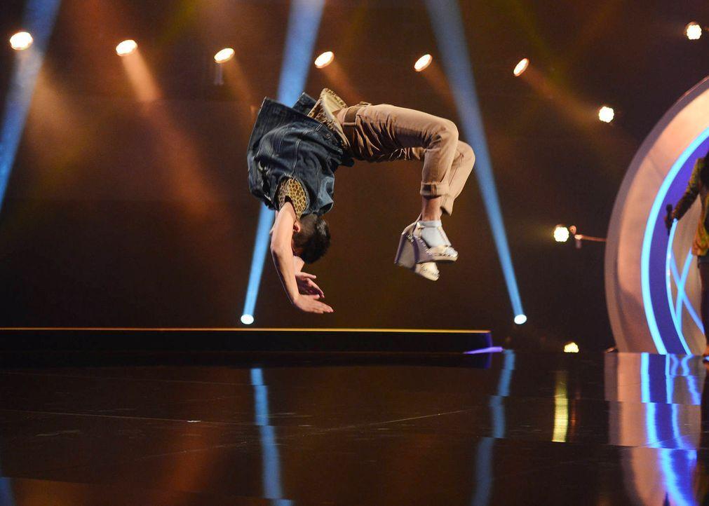 Gibt alles, um die Bühne zu rocken: Dennis ... - Bildquelle: Willi Weber SAT.1/ProSieben