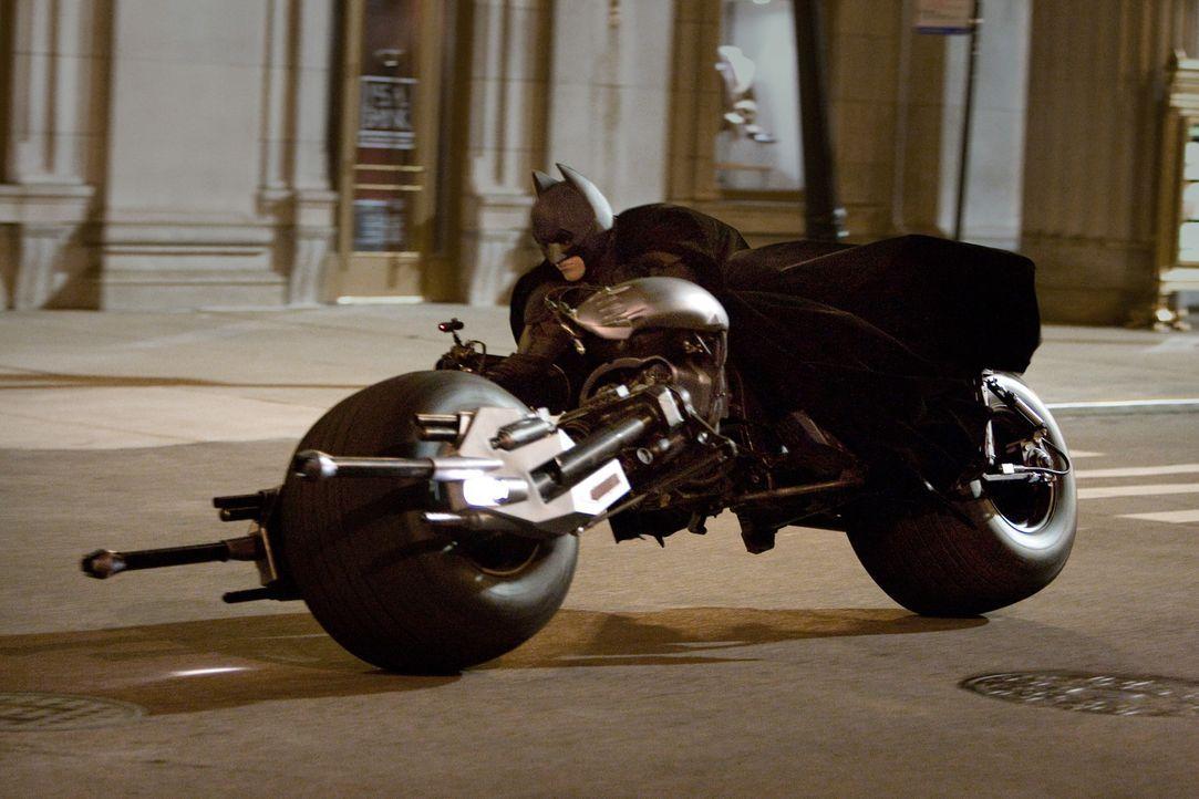 Als der Joker Gotham in ein anarchisches Chaos stürzt, gerät Batman (Christian Bale) an seine Grenze zwischen Gerechtigkeit und Rache ... - Bildquelle: Warner Bros.
