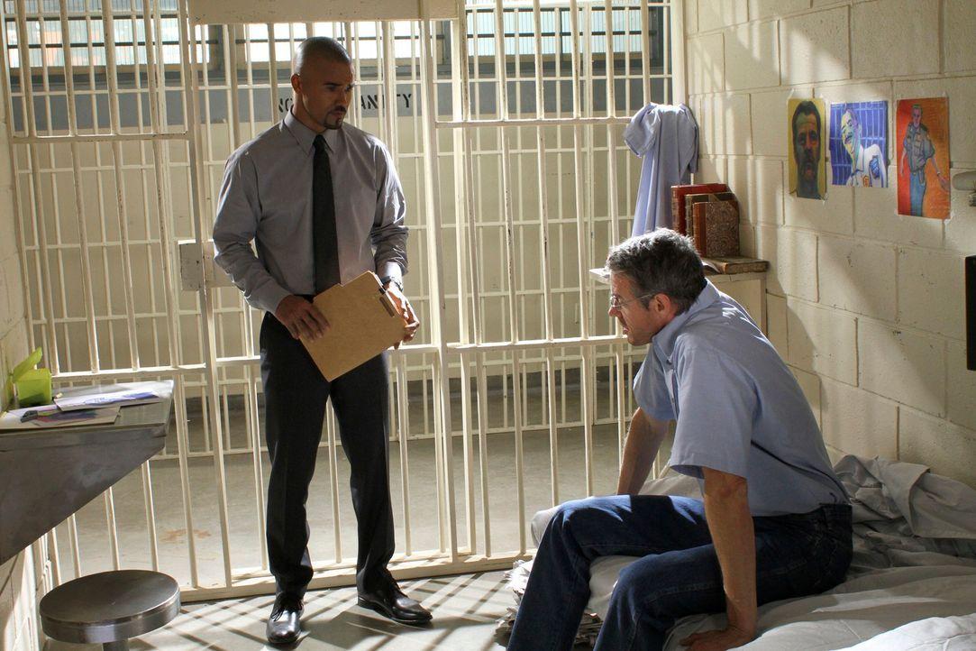 Morgan (Shemar Moore, l.) solle ein Gutachten über Donald Sanderson (Kyle Secor, r.), der nach 25 Jahren Haft freigelassen werden soll, erstellen. D... - Bildquelle: ABC Studios