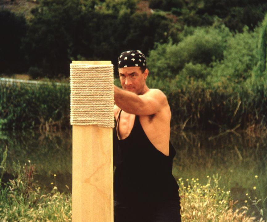 Nach sieben Jahren Koma erwacht der Polizist Mason (Steven Seagal) gerade rechtzeitig, um wieder den Kampf gegen die Verbrecher aufzunehmen, die sei... - Bildquelle: Warner Bros.