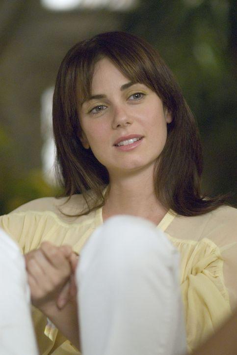 """Während Jennys (Mia Kirshner) Buch """"Lez Girls"""" bei ihren Freundinnen eher auf Ablehnung stößt, wittert die Filmindustrie damit ein großes Gesch - Bildquelle: 2007 SHOWTIME NETWORKS INC. ALL RIGHTS RESERVED."""