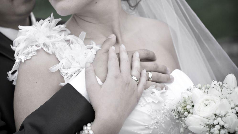 Hochzeitsnacht:  Sex oder Flaute im Bett? - Bildquelle: pixabay.com