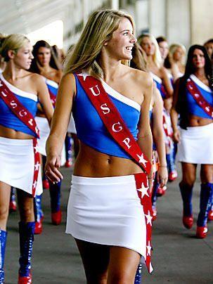 Heiße Girls beim US GP - Bildquelle: DPA