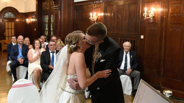 Hochzeit Auf Den Ersten Blick - Hochzeit Auf Den Ersten Blick - Feuerwerk Der Emotionen