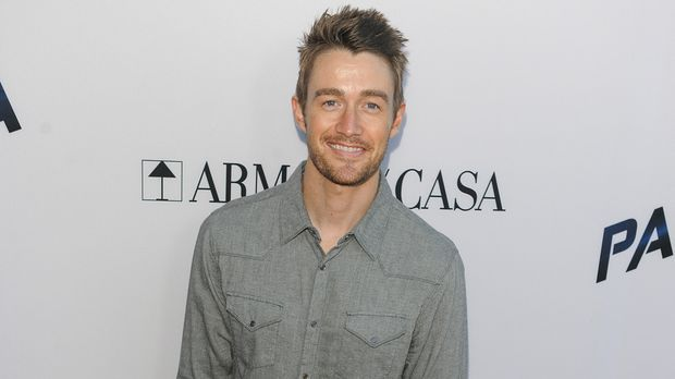 Biografie: Robert Buckley