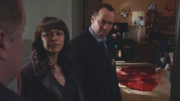 Ein grausames Blutbad: Danny (Donnie Wahlberg, r.) und Baez (Marisa Ramirez,...