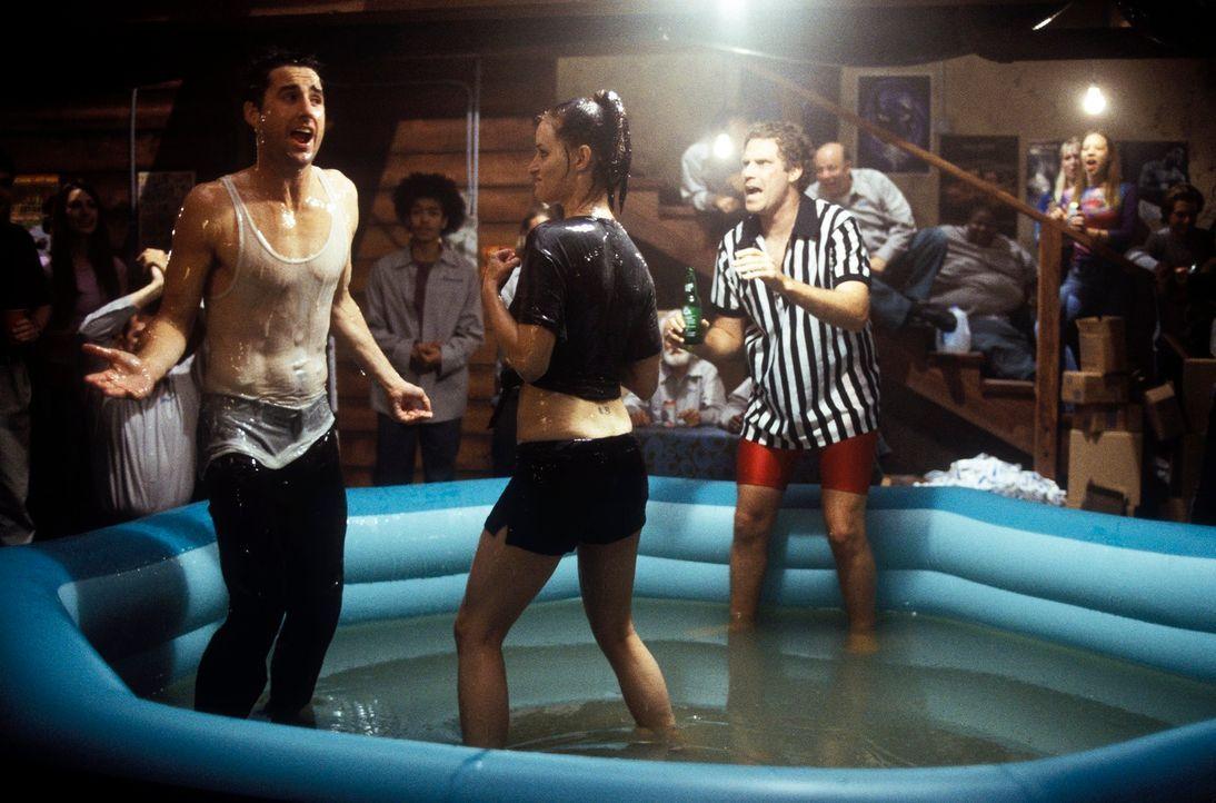 Wet-Gel-Catchen mit leicht bekleideten Mädchen: Mitch (Luke Wilson, l.) und Frank (Will Ferrell, r.) ... - Bildquelle: DreamWorks SKG