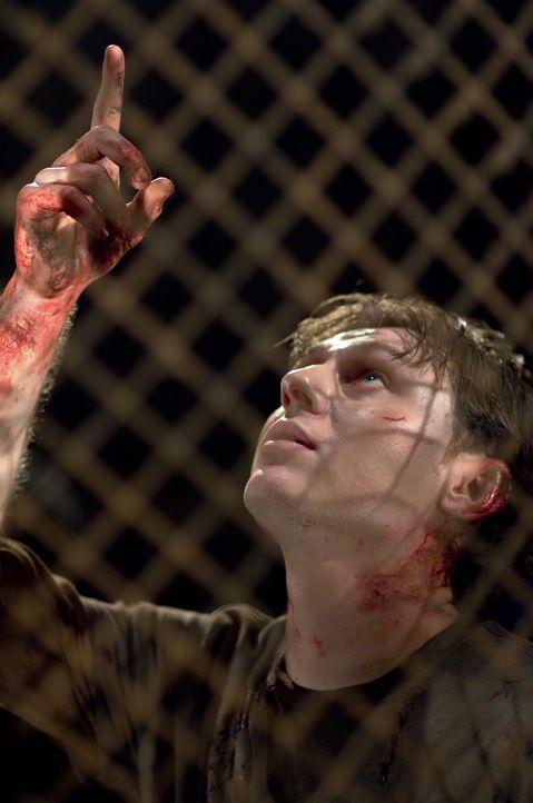 Startet ein diabolisches, mörderisches Spiel: The Laugh (Keir O'Donnell) ... - Bildquelle: 2009 Warner Bros.