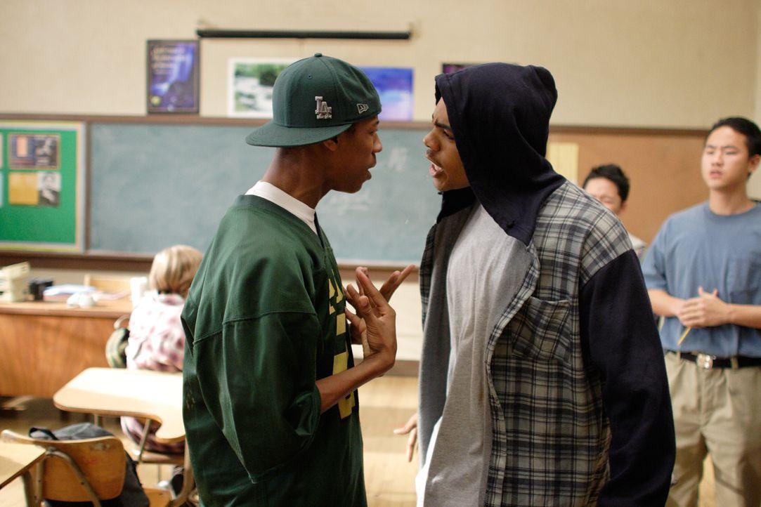 Das Leben an den High Schools im Zentrum von Los Angeles wird vom Gang-Alltag bestimmt. Die Lehrer versuchen vor allem, den Tag heil zu überstehen... - Bildquelle: Paramount Pictures