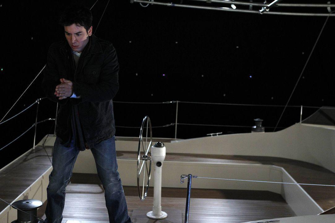 """Ted (Josh Radnor) macht mit """"dem Captain"""" einen Segeltörn - der völlig anders als geplant endet ... - Bildquelle: 20th Century Fox International Television"""