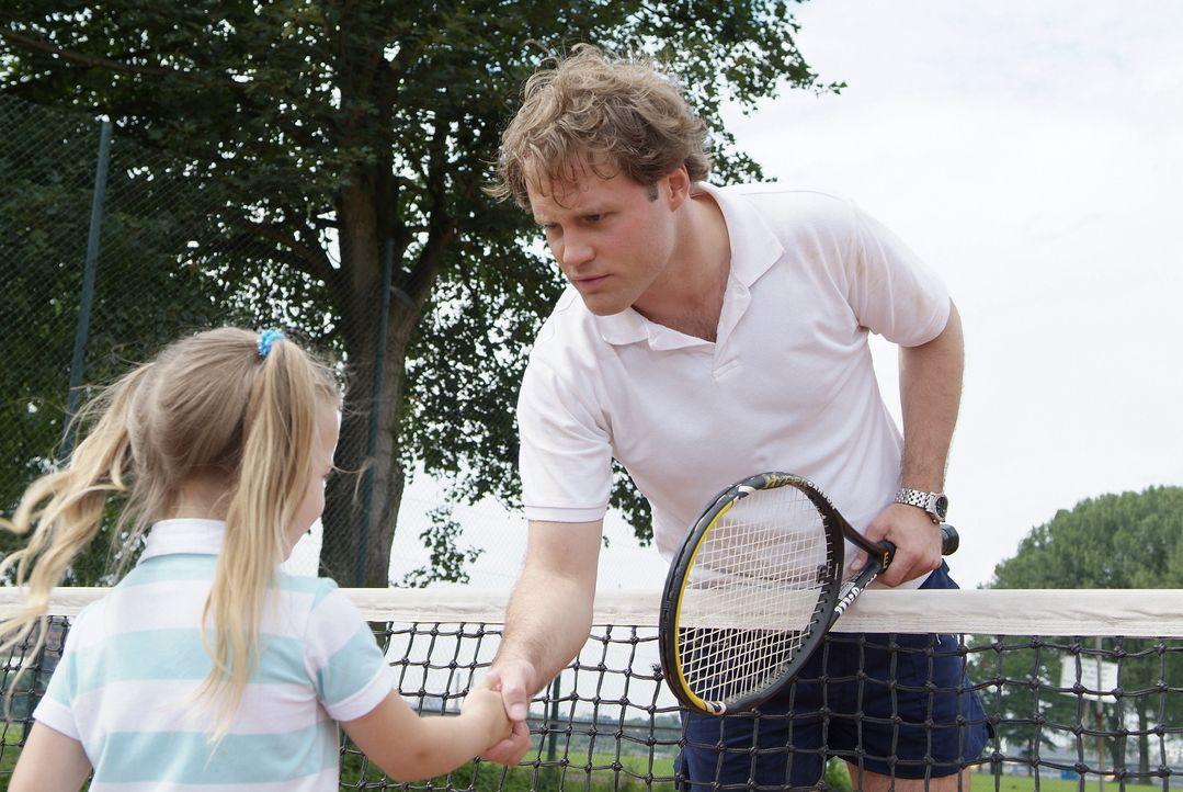 Wie heißt es so schön beim Tennis? Spiel, Satz und Sieg! Aber jeder Gegner verdient schließlich noch eine Revanche! Und wenn es nur eine kleine ist... - Bildquelle: Guido Engels Sat.1
