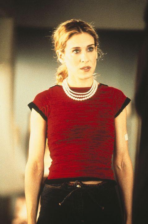 Carrie (Sarah Jessica Parker) ist am Boden zerstört: Ihr Laptop hat den Geist aufgegeben, und all die Arbeit von vielen Jahren hat sich in Luft auf... - Bildquelle: Paramount Pictures