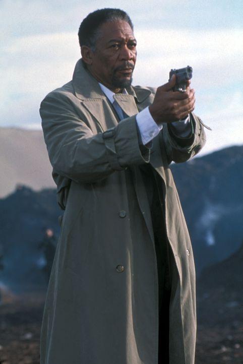 Auf der Jagd nach einem psychopathischen und hochintelligenten Mörder: Cross (Morgan Freeman) ... - Bildquelle: Joseph Lederer 2001 Paramount Pictures