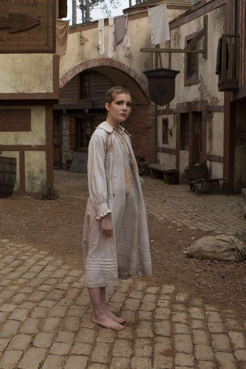 (1. Staffel) - Wird sich Mercy Lewis (Elise Eberle) den Mächten der Hexen beugen müssen? - Bildquelle: 2013-2014 Fox and its related entities.  All rights reserved.
