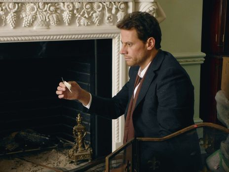 Jagt einen eiskalten Mörder: Dr. Henry Morgan (Ioan Gruffudd) ... - Bildquell...