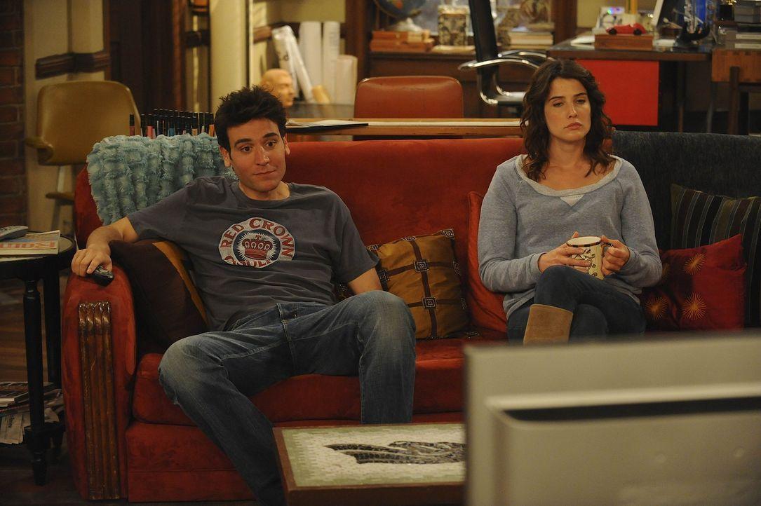 Rückblick in eine ganz besondere Zeit: Ted (Josh Radnor, l.) und Robin (Cobie Smulders, r.) ... - Bildquelle: 20th Century Fox International Television