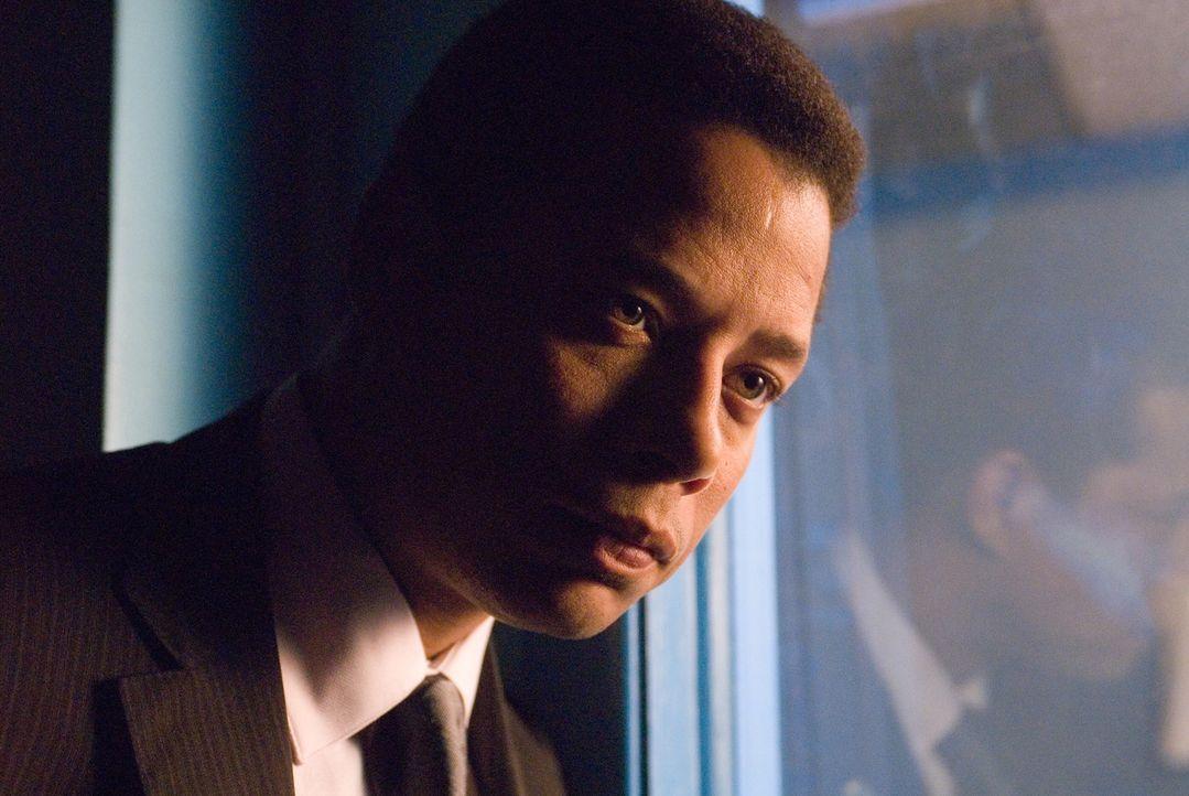 NYPD Detective Sean Mercer (Terrence Howard) soll einen anonymen Rächer dingfest machen. Doch die Indizien führen ihn nicht zu einem gewissenlosen... - Bildquelle: Warner Bros.