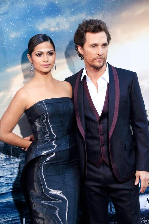 Interstellar-Premiere-LA-Matthew-McConaughey-Camila-Alves-14-10-26-dpa - Bildquelle: dpa