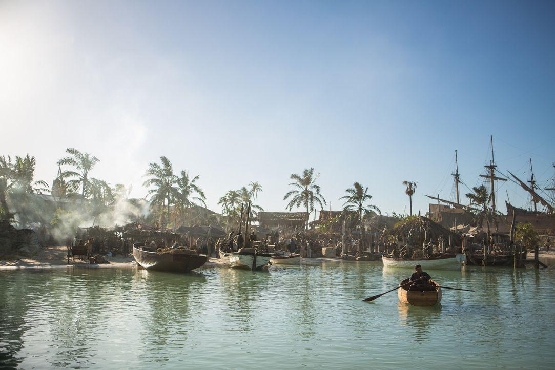 New Providence Island ist die Heimat der Piraten, Prostituierten, Diebe und aller anderen Scharlatane ... - Bildquelle: 2013 Starz Entertainment LLC, All rights reserved