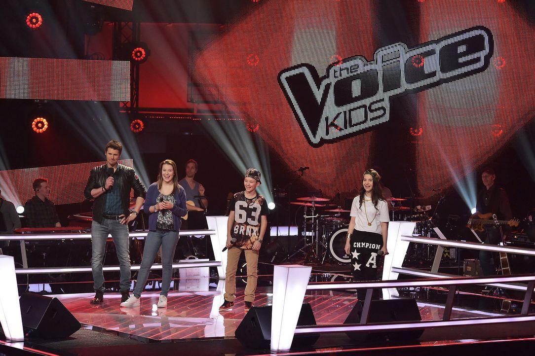 The-Voice-Kids-Stf03-Epi06-Auftritte-29-Antonia-Alberina-Keanu-SAT1-Andre-Kowalski - Bildquelle: SAT.1/Andre Kowalski