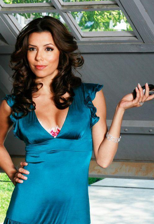 Nachdem Gabrielle (Eva Longoria) Carlos und Xiao-Mei in flagranti erwischt hat, setzt sie Carlos vor die Tür ... - Bildquelle: 2005 Touchstone Television  All Rights Reserved