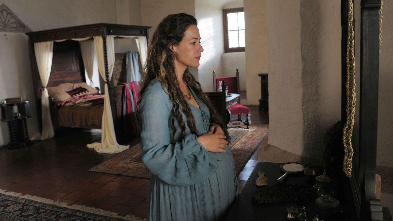 Sehnsüchtig wartet Marie (Alexandra Neldel) auf die Geburt ihres zweiten Kindes, als ihr Mann zum Ersten Ritter von König Sigismund geschlagen wir... - Bildquelle: Jiri Hanzl SAT.1