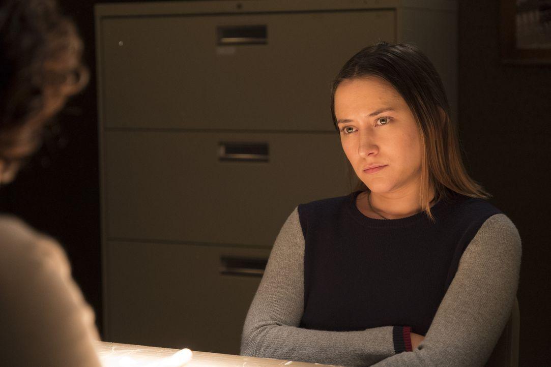 Will die Verschwörungstheoretikerin Melissa (Zelda Williams) nur mit dem FBI reden, um an Informationen zum Fall zu gelangen, oder will sie sich gar... - Bildquelle: Eddy Chen ABC Studios