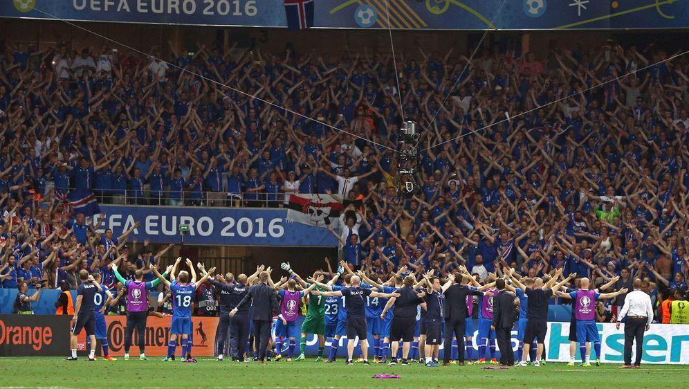 Italien will bei der WM gemeinsam mit Island jubeln - Bildquelle: imago/Eibner Europa