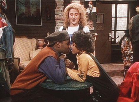 Bill Cosby Show - Theo (Malcolm-Jamal Warner, l.) und Justine (Michelle Thoma...