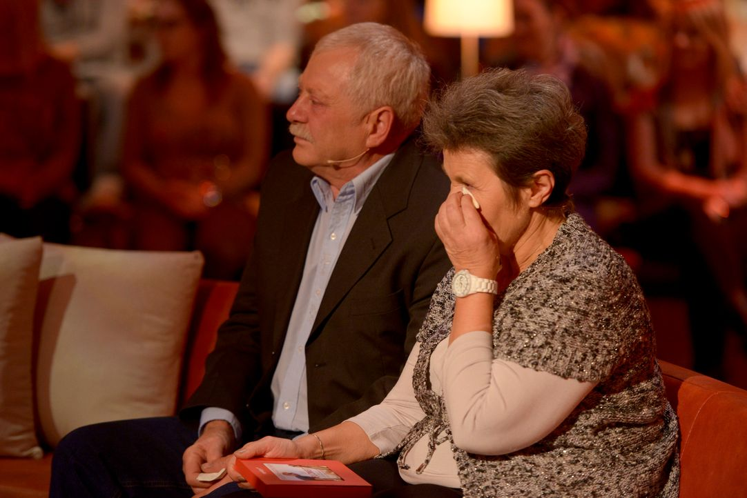 """Große Gefühle, glühende Herzen und Glücks-Tränen bei """"Nur die Liebe zählt"""" ... - Bildquelle: Martin Rottenkolber SAT.1"""