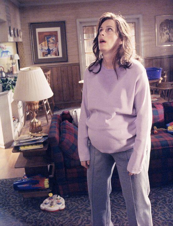 Lois (Jane Kaczmarek) ist total verzweifelt, denn sie fühlt sich in ihrem Körper nicht mehr wohl. Sie wird immer dicker und dicker - aber warum? - Bildquelle: TM +   2000 Twentieth Century Fox Film Corporation. All Rights Reserved.