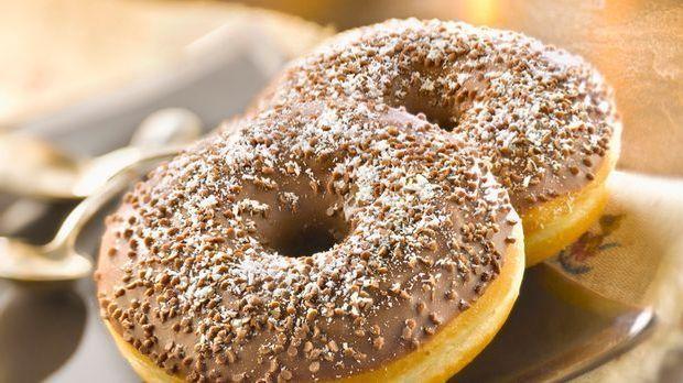 Frischgebackene Donuts