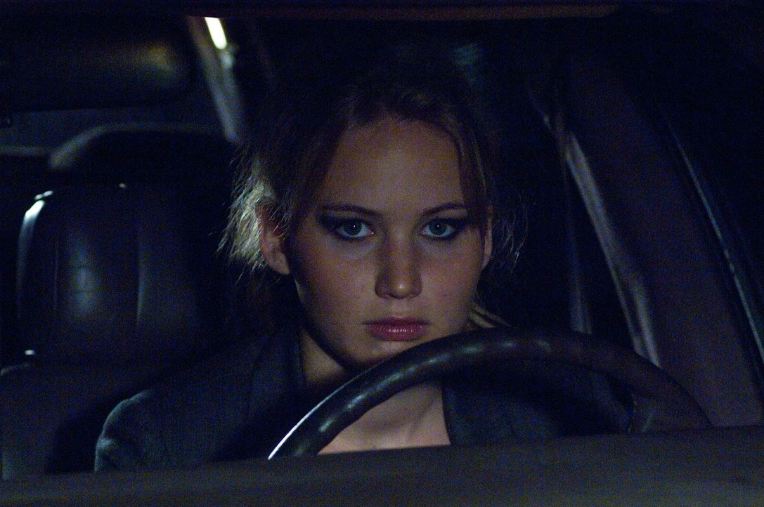 Noch hat Sarah nicht realisiert, dass das Haustelefon auf Elissas (Jennifer Lawrence) Handy umgeleitet wird. Ein verhängnisvolles Versäumnis ... - Bildquelle: 2011 HATES, LLC.  All Rights Reserved.