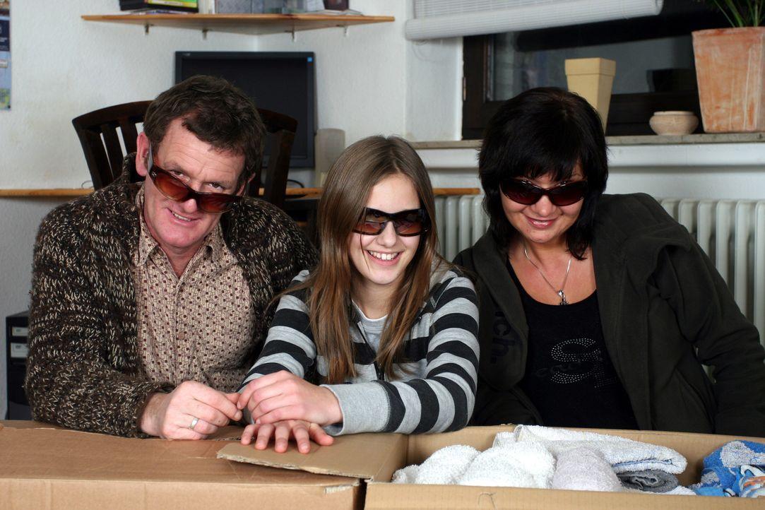Familie Starks wandert aus! In der Nähe von Alicante will Gary sich selbstständig machen. Seine Frau Stefanie wird dafür von der Vertretungslehrerin... - Bildquelle: kabel eins